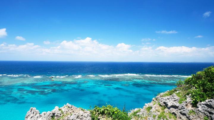 イグアナ岩(伊良部島)