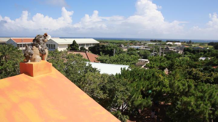 竜宮城展望台から来間島側の眺望