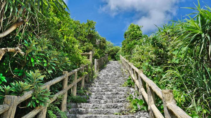 インギャーマリンガーデン展望台への階段
